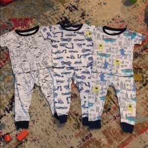 Lot of 3 Carter's short sleeve shirt/pants pjs